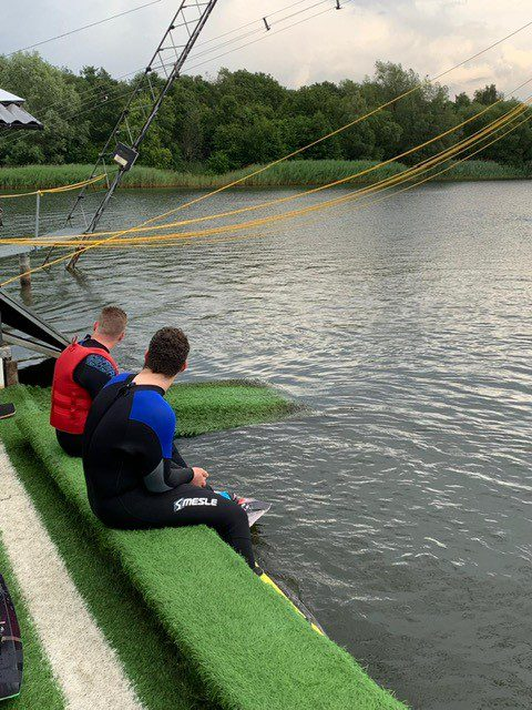 Teamdag waterskien en wakeboarden